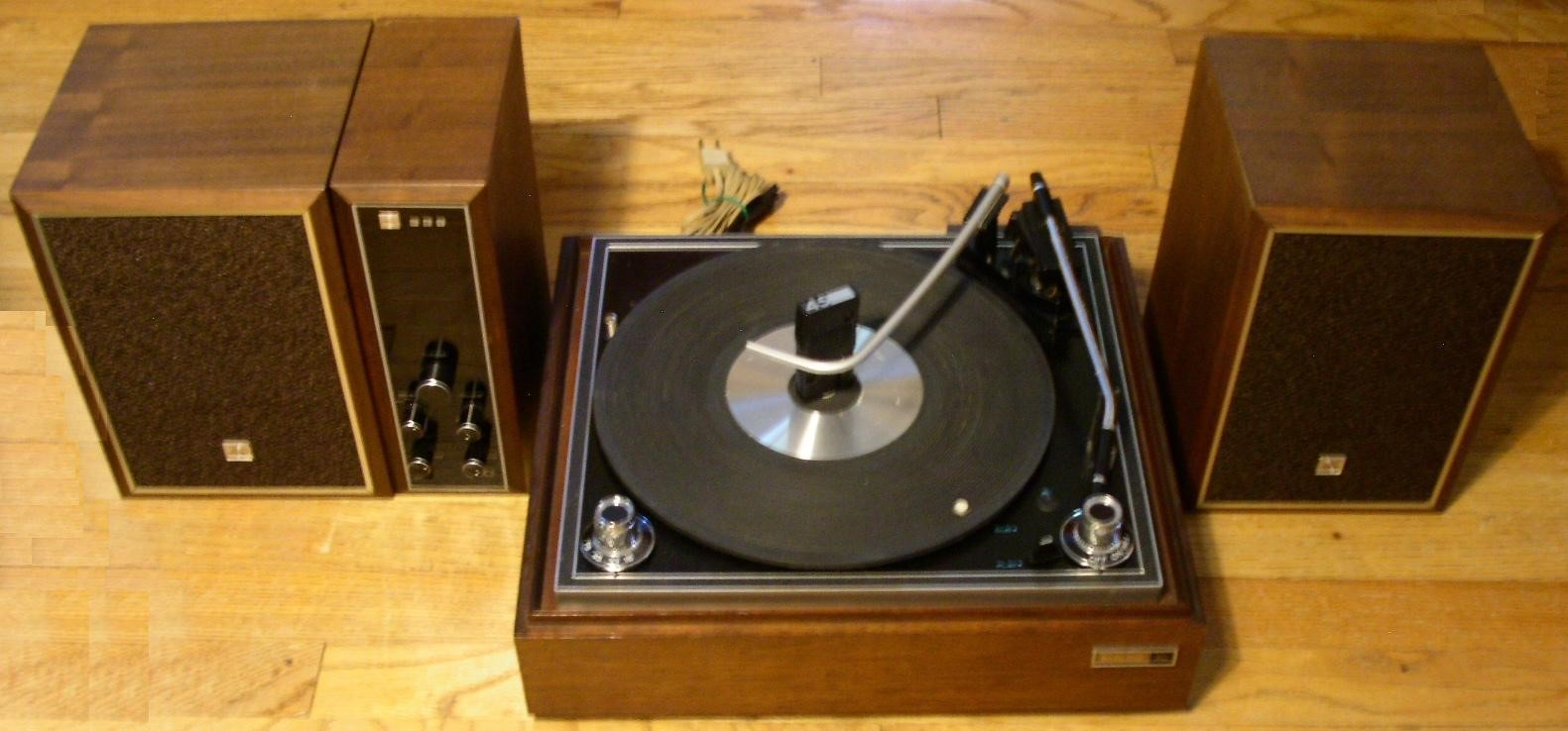 Toshiba-Table-Top-Stereo-System